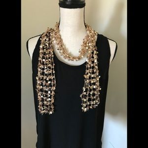 🎉FINAL🎉 GOLD SEQUIN ACCENT SCARF EUC✨💫✨